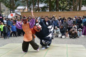 獅子舞奉納(朝柄八柱神社の式年御遷座奉祝祭)