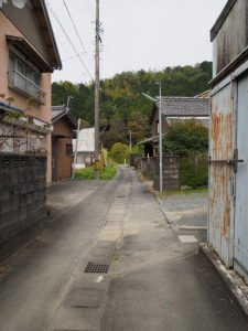 江神社(皇大神宮 摂社)へと続く細い道