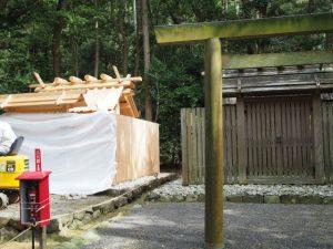 覆屋が取り外された新しい殿舎、江神社(皇大神宮 摂社)