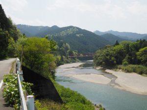 桑瀬橋から桜橋へ(櫛田川)
