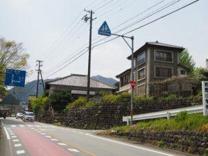 柿野小学校入口付近(国道166号)