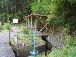 塔ノ本トンネル出口(立梅用水)付近