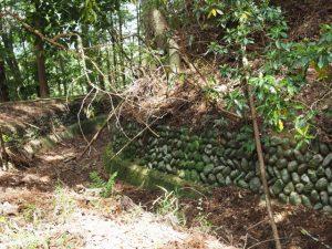 立梅用水、古江隧道に代わられた古水路跡