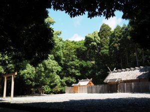 神服織機殿神社(皇大神宮 所管社)、八尋殿