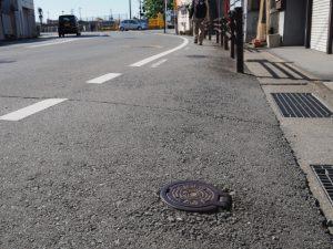 宇治山田市の水道制水弇(JR参宮線 吹上町踏切)
