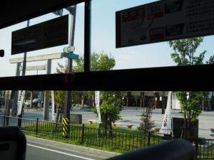 バスの車窓から、伊勢市駅