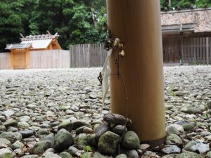 斎庭の鳥居(神麻続機殿神社)