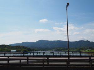 汐合大橋から望む汐合橋(五十鈴川)