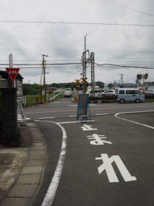 国道167号、近鉄志摩線を横断して野川橋(野川)へ