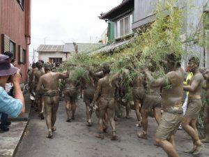 竹取り神事を終えて:伊雜宮 御田植祭