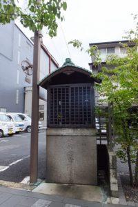 万寿寺橋から松原通へ(高瀬川沿い)