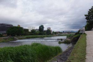 水道疎水の鴨川への合流点