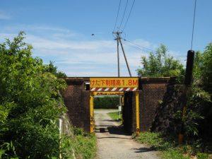 JR参宮線西行谷架道橋