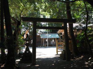 二見神社(姫宮稲荷神社)を後