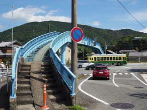 国道23号に架かる中村歩道橋