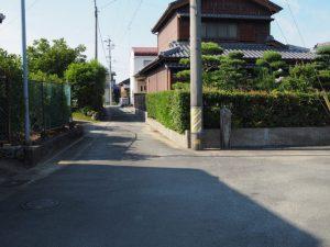 大楠社跡付近の道標(伊勢市中村町)