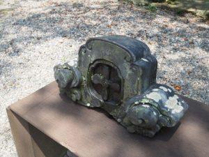 移転遷座された豊栄稲荷神社の鬼瓦、賀多神社(鳥羽市鳥羽)