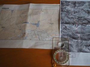 大日山から的山・・・の地図とコンパス