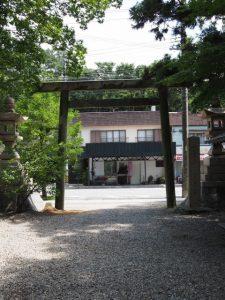 参道入口の鳥居、須原大社(伊勢市一之木)
