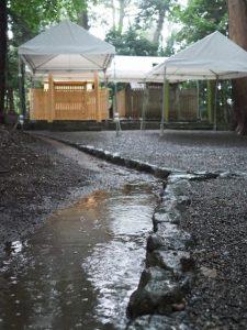 雨儀廊が準備された鴨下神社(皇大神宮 末社)