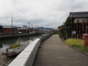 勢田川の左岸(伊勢市河崎)