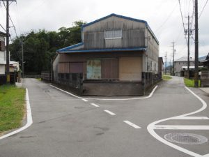 神田社へと続く分岐(伊勢市神久)