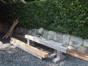 建替え中の社務所前、御薗神社(伊勢市御薗町王中島)