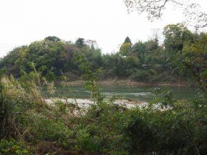 延命寺(松阪市射和町)前から望んだ櫛田川