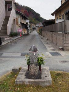 射和町交差点付近から伊佐和神社方向へ(松阪市射和町)