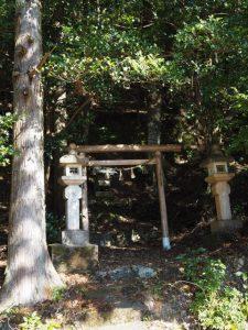 熊野古道三瀬坂峠 里登り口付近