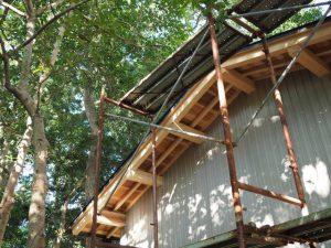 社務所を建て替え工事中の御薗神社(伊勢市御薗町王中島)