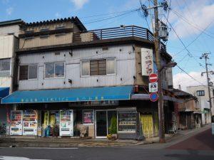 JR亀山駅前付近