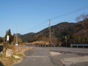 東海道、国道1号と合流(亀山市関町市瀬)