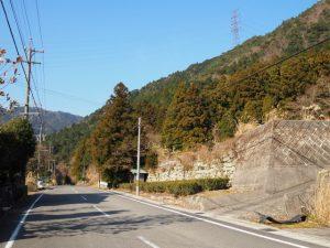 (19)鈴鹿峠-B 222 金蔵院の高い石垣