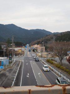 関宿・西の追分の歩道橋からの振り返り