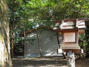 建て替えられた社務所、御薗神社(伊勢市御薗町王中島)